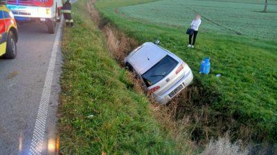 Siedlce – samochód wypadł z jezdni